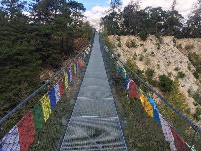 Bhutan-Hängebrücke-Leuck