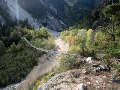 Bhutanbrücke-Seitenansicht