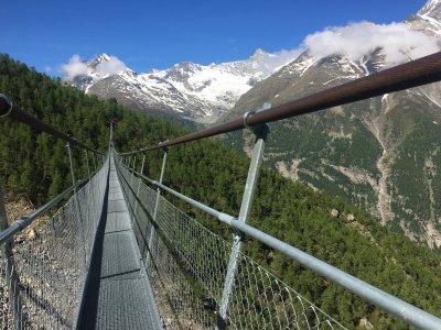 Schweiz Hängebrücke Charles Kuonen