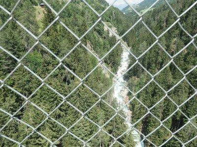 Goms-Hängebrücke-Ausblick