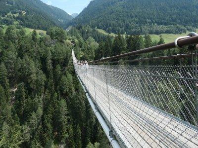 Gomsbridge-Fussgängerhängebrücke