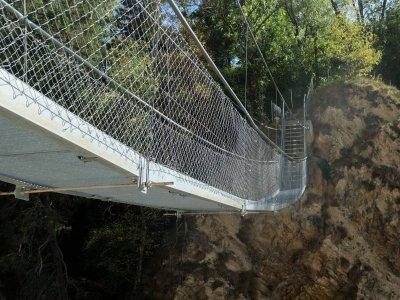 Joliehängebrücke-Niedergesteln