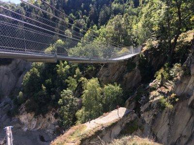 Hängebrücke-Massegga