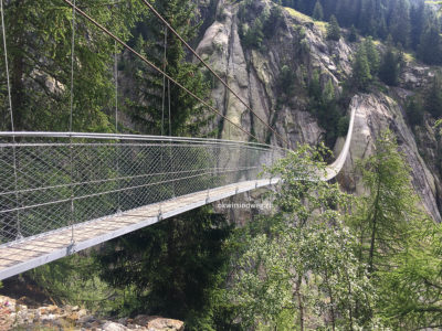 Aspi-Titter-Hängebrücke
